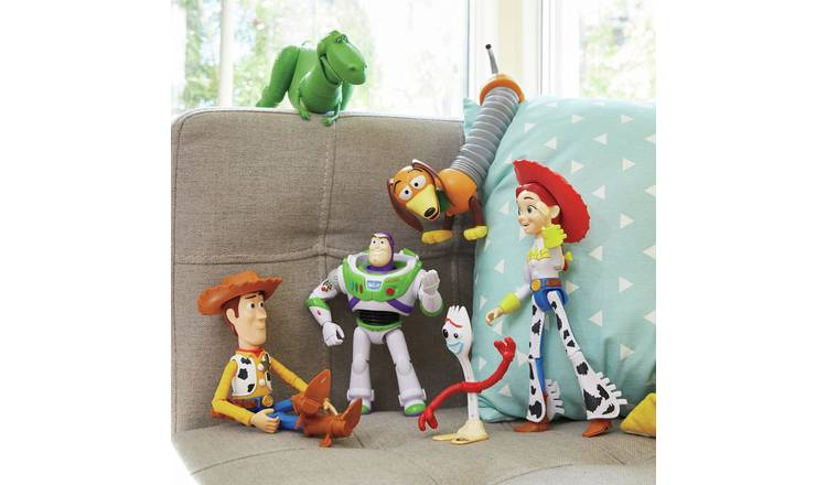 Disney Pixar Toy Story 4 RV Friends 6 Pack Figures