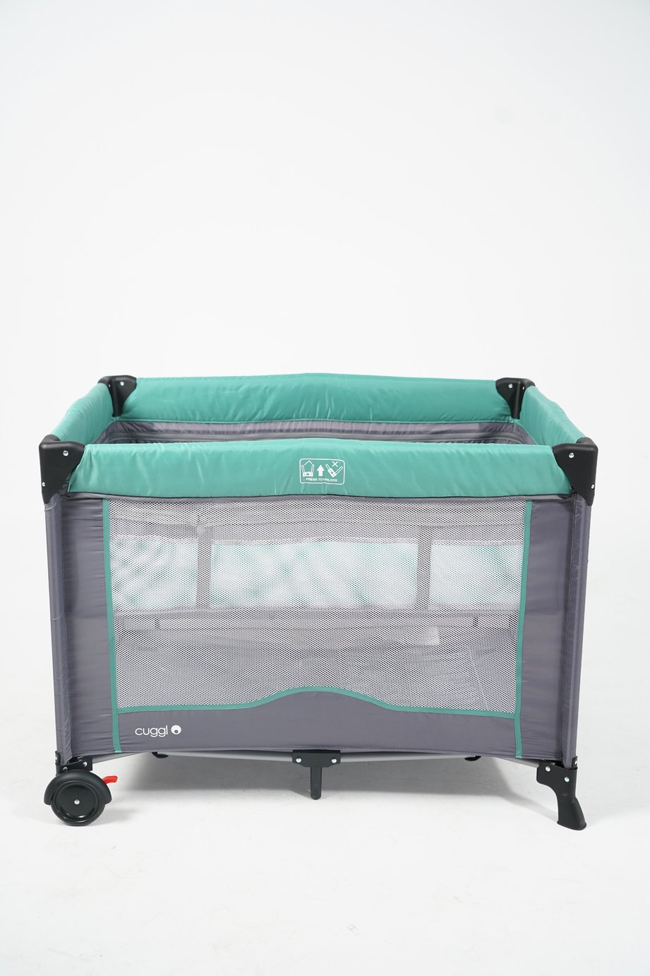 Cuggl Deluxe Travel Cot with Bassinet