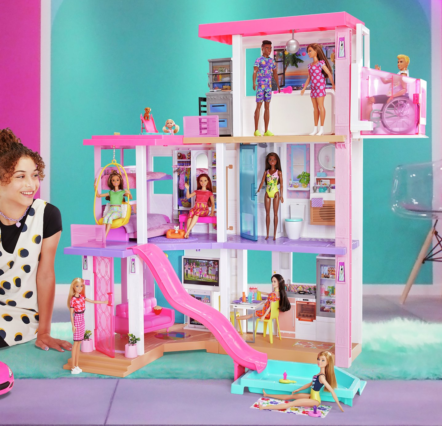 Barbie Day to Night Dreamhouse Dolls House