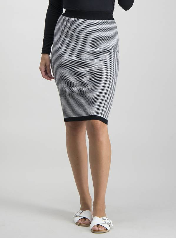 Monochrome Jacquard Knitted Pencil Skirt   8 by Argos