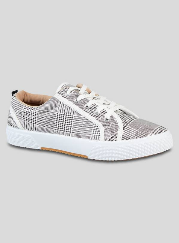 White Check Lace-Up Shoes - 6