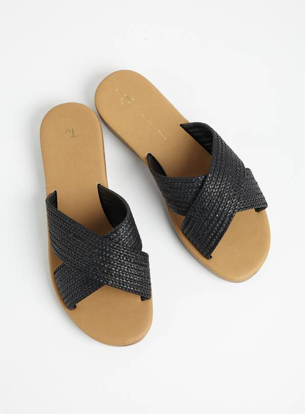 Black Cross Strap Weave Sandals - 8
