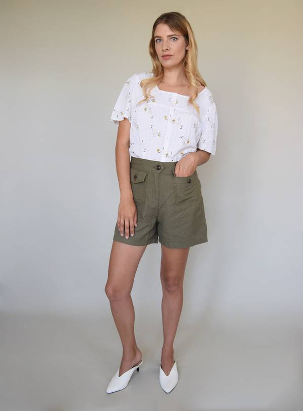 Khaki Linen-Rich Patch Pocket Shorts - 10