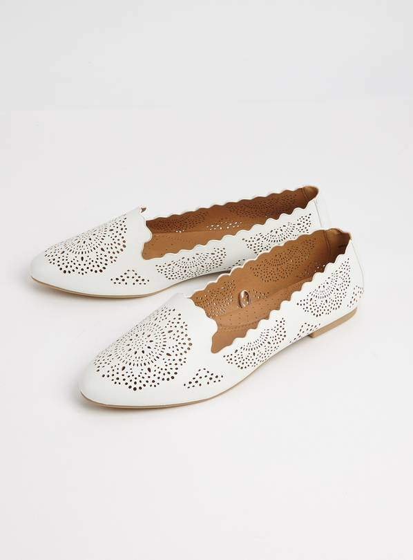 Sole Comfort White Laser Cut Loafers - 4