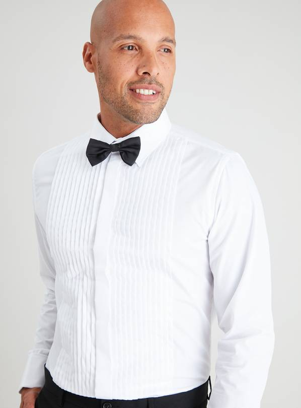 White Regular Fit Shirt & Bow Tie Set - 15