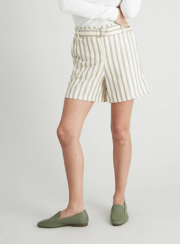 Cream Stripe Belted Shorts - 20