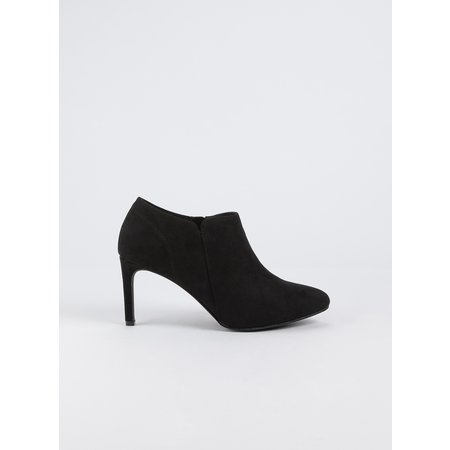 Sole Comfort Black Ankle Boot - 6