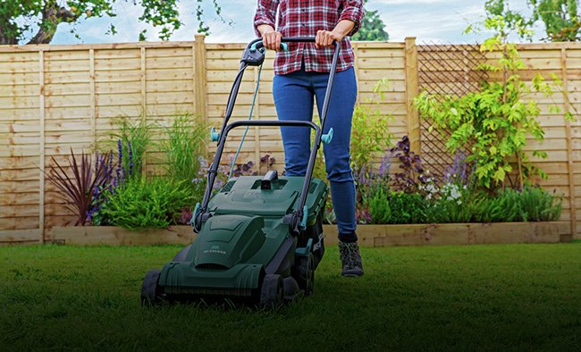 Save up to 25% on selected garden power and pressure washers.