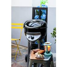 Char-Broil Patio Bistro 240 - Single Burner Gas BBQ - Black