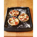 more details on Pyrex Classic 33cmx25cm Metal Oven Tray.
