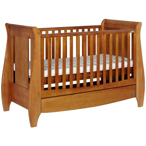 buy tutti bambini lucas cot bed oak at. Black Bedroom Furniture Sets. Home Design Ideas