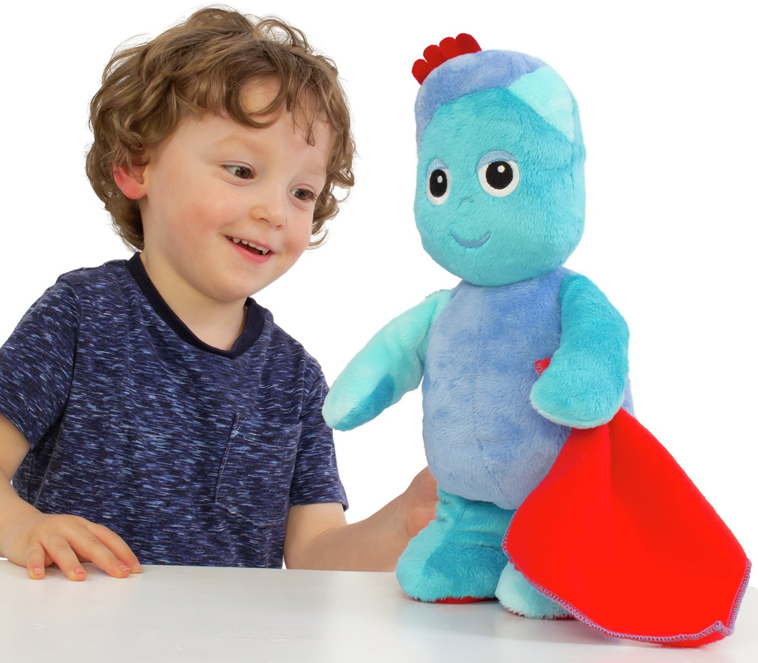 In The Night Garden Snuggly Singing Iggle Piggle Super Soft Cuddly Music Toy