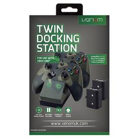 Venom Xbox One Twin Charging Dock & 2 Battery Packs - Camo