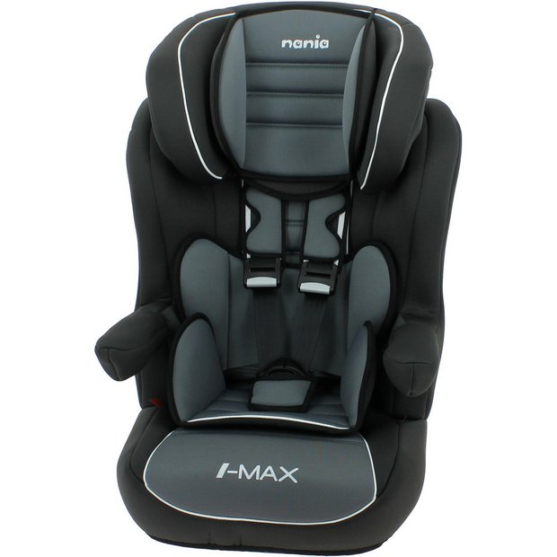 Quickly covert your car seat into an airport stroller Fold down plate to accommodate larger car seats Soft razor wheels provide a smooth ride, Extreme Maneuverability & keeps one hand free.
