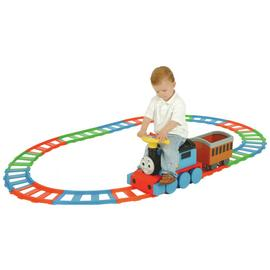 Thomas & Friends Ride On Train and 22 Piece Track Set.