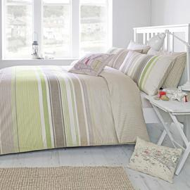 'Falmouth' Single Duvet Cover Set in Green, Includes: 1x Single Duvet Cover and 1x Pillowcase Best Price and Cheapest