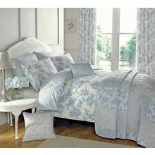 Dreams N Drapes Malton Blue Bedding Set - Kingsize