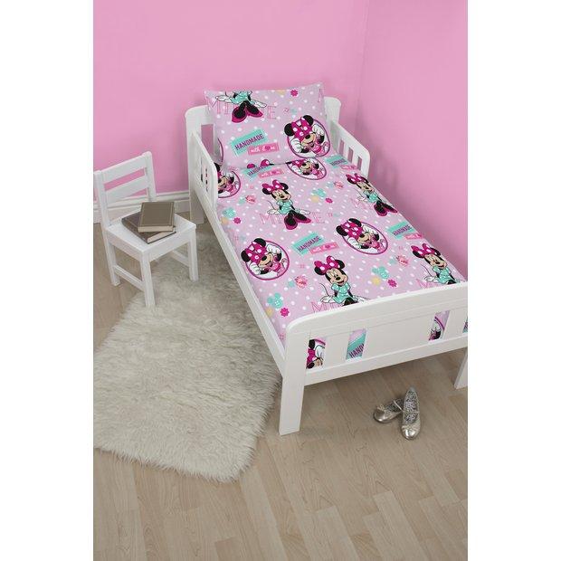 buy disney minnie mouse bed in a bag set toddler at. Black Bedroom Furniture Sets. Home Design Ideas