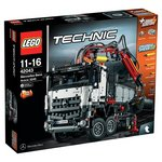 more details on LEGO Technic Mercedes Benz Arocs 3245 - 42043.