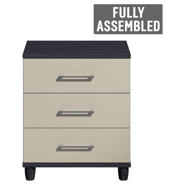 buy dulcie wide 3 drawer chest black and grey gloss. Black Bedroom Furniture Sets. Home Design Ideas