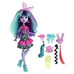 more details on Monster High Electrified Twyla Doll.