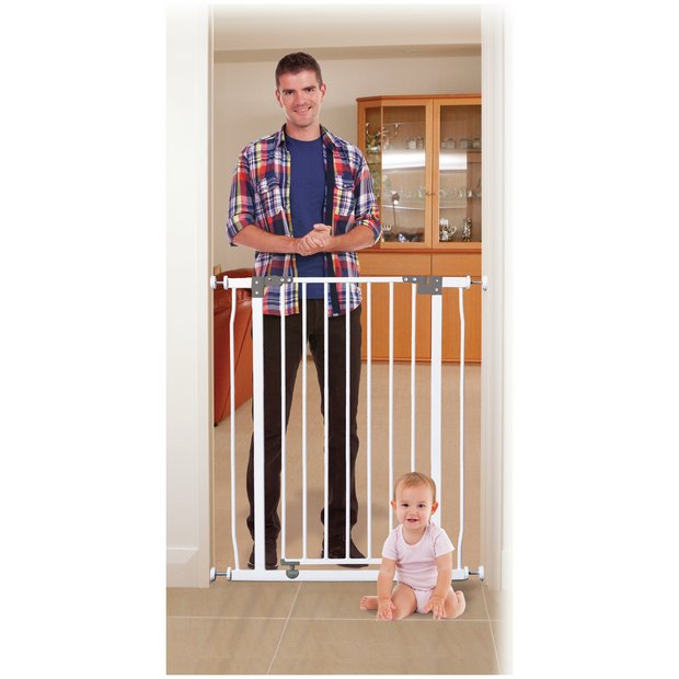 buy dreambaby liberty tall security gate white 75 82cm at. Black Bedroom Furniture Sets. Home Design Ideas