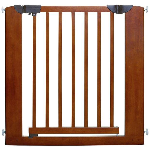 buy tee zed dreambaby barcelona security gate at. Black Bedroom Furniture Sets. Home Design Ideas