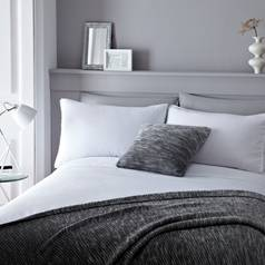 Serene Pom Pom White Bedding Set - Superking
