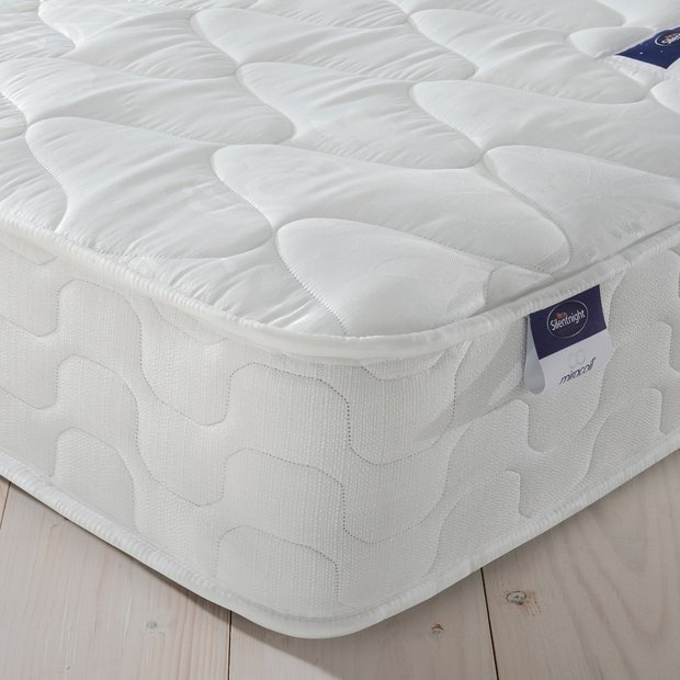 Online Bed Stores: Buy Silentnight Travis Miracoil Microquilt Single Mattress