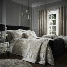 Catherine Lansfield Crush Velvet Natural Duvet Set- Kingsize