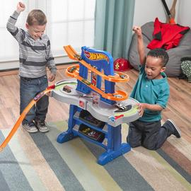 This Step2 Hot Wheels Car & Track Table