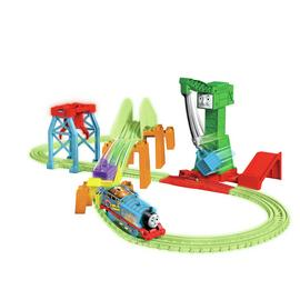 Thomas & Friends Hyper Glow in the Dark Night Delivery Set