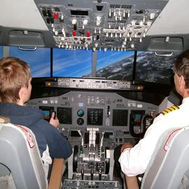 Buyagift 1 Hour Boeing 737 Simulator Gift Experience For One