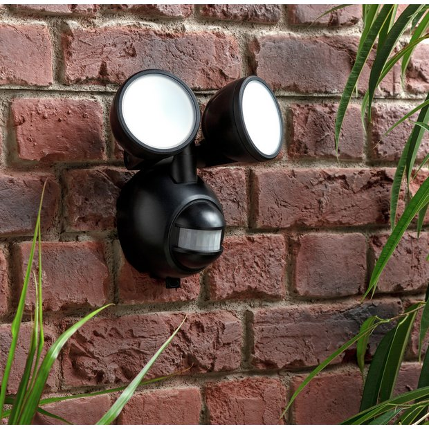 LED Battery PIR Twin Spotlight 2x2x0.5W LED