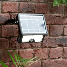 Luceco 5W Solar PIR Outdoor Floodlight