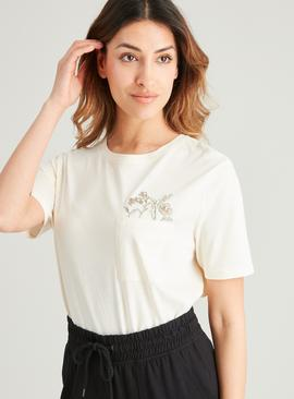 Cream Boxy Flower Pocket T-Shirt